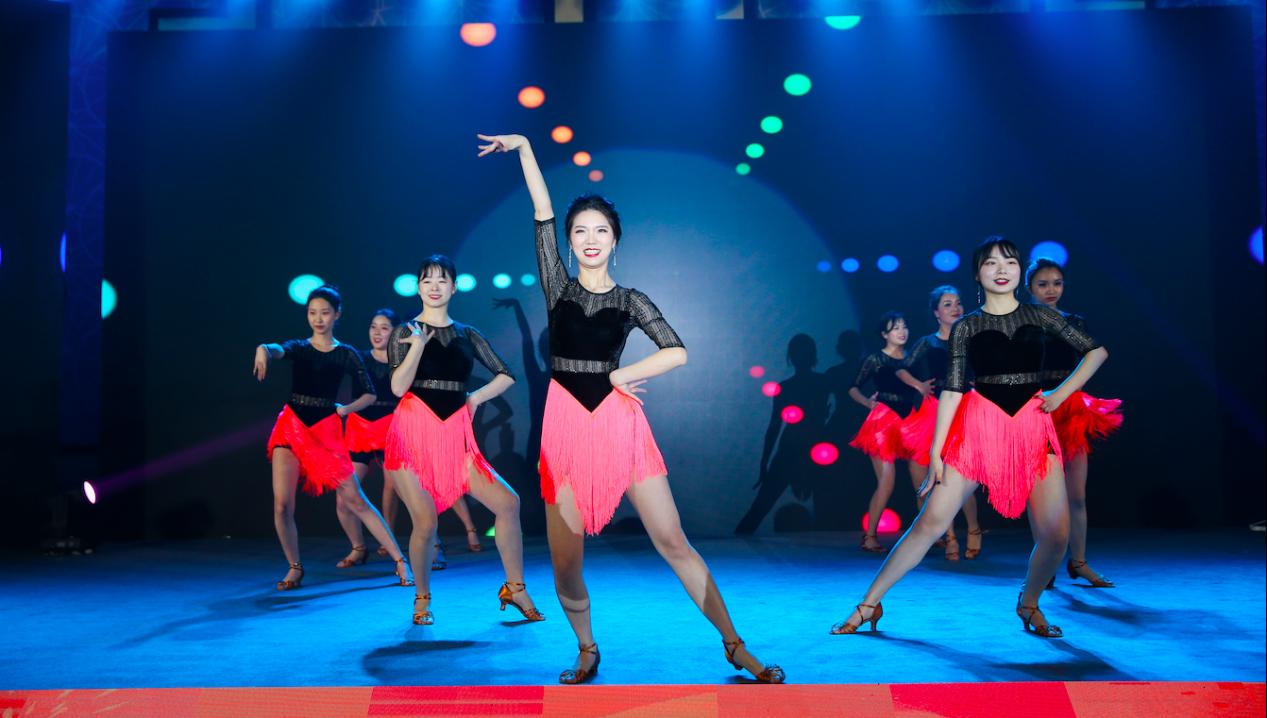 舞蹈队.png